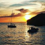coucher de soleil - yachting boat 13 - location yacht